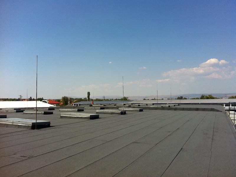 снимка покрив с хидроизолация Метрон